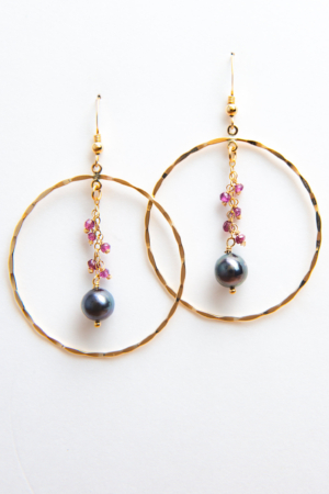 Créoles perles de Tahiti et Grenats